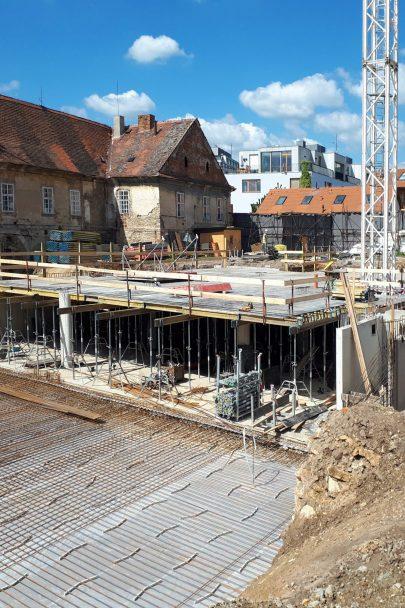 Výstavba I. etapy Jinonického dvora podle našeho návrhu a projektu pokračuje podle plánu