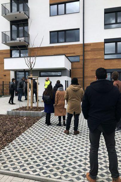 Vydali jsme se na zkolaudovanou novostavbu bytového domu Zelená Libuš podle našeho návrhu