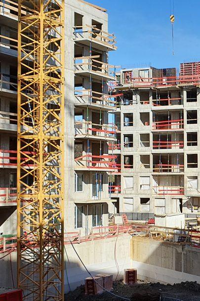 Ze zanedbané vnitřní periferie vzniká podle našeho masterplanu v několika etapách zcela nová pražská čtvrť Na Vackově