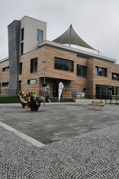 Dům dětí a mládeže Duha v Ústí nad Orlicí podle našeho návrhu a projektu je hotový