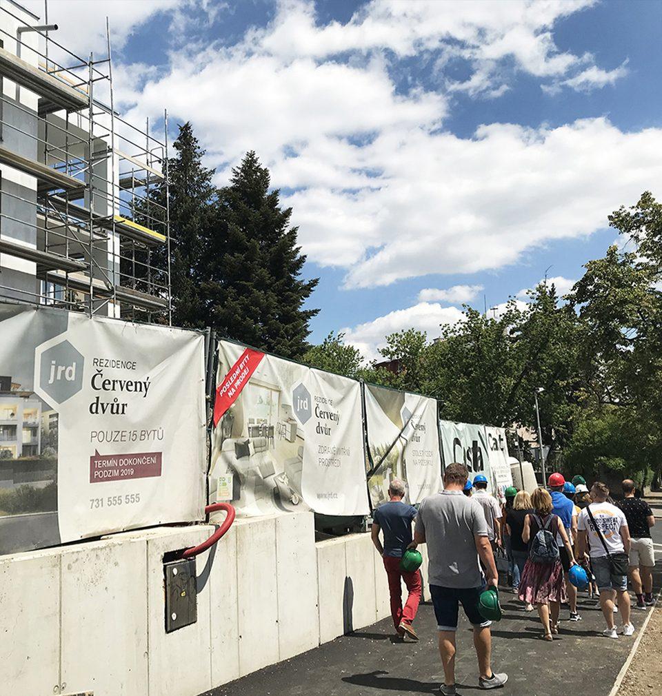 We went to the construction site of the Červený Dvůr Residence in Malešice, Prague