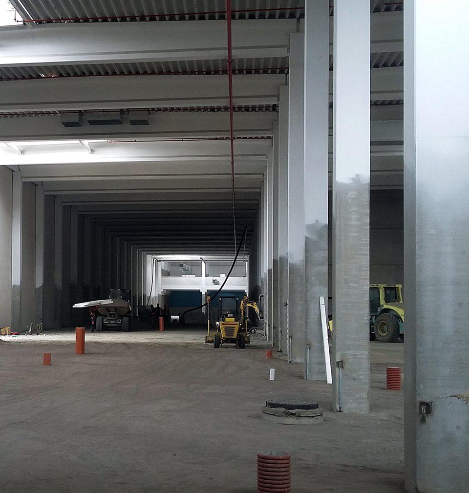 Výstavba výrobního a distribučního areálu společnosti La Lorraine v kladně je v plném proudu