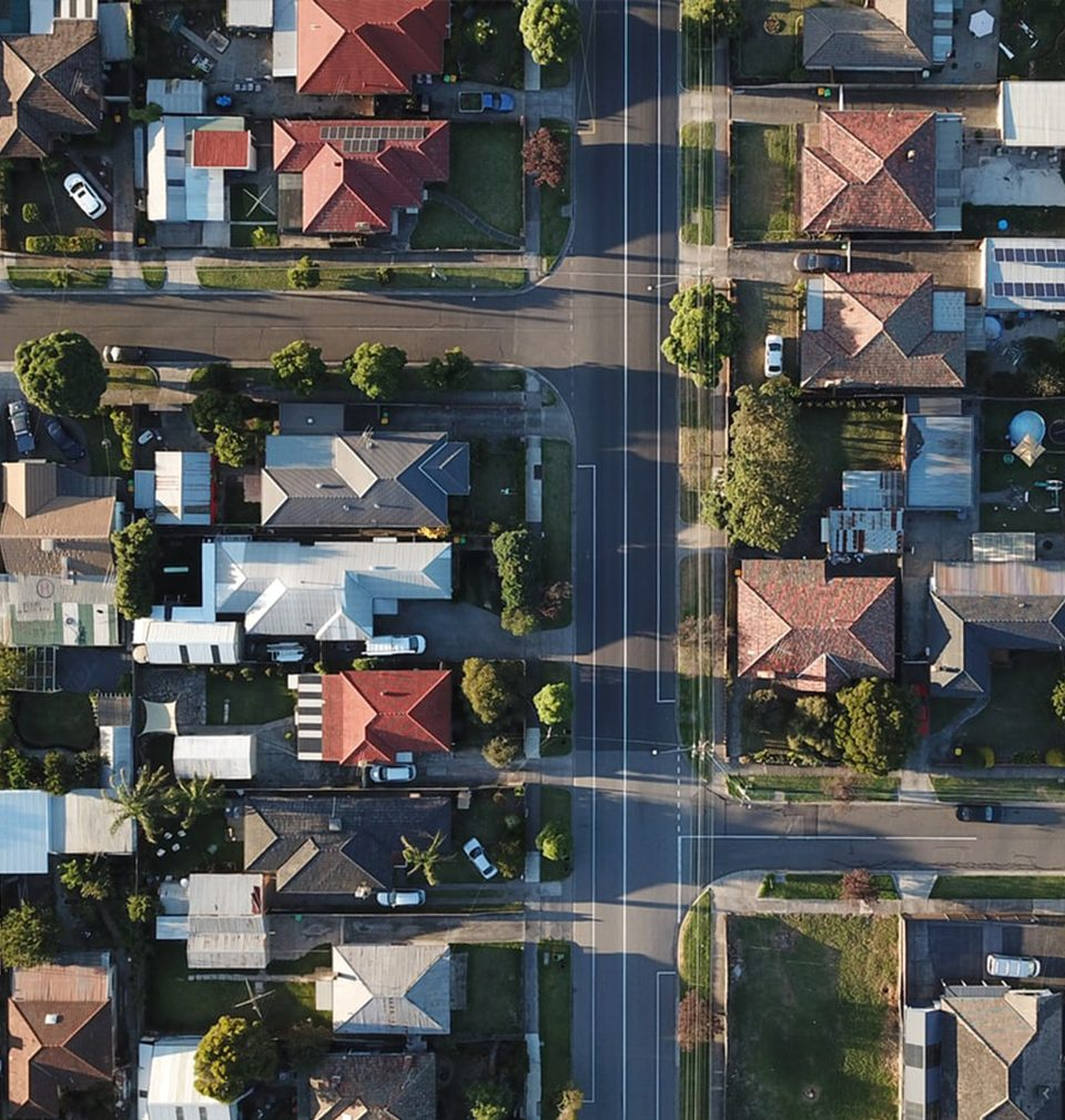 Ohlédnutí za diskusním setkání portálu Stavební fórum na téma suburbanizace v článku Petra Býma