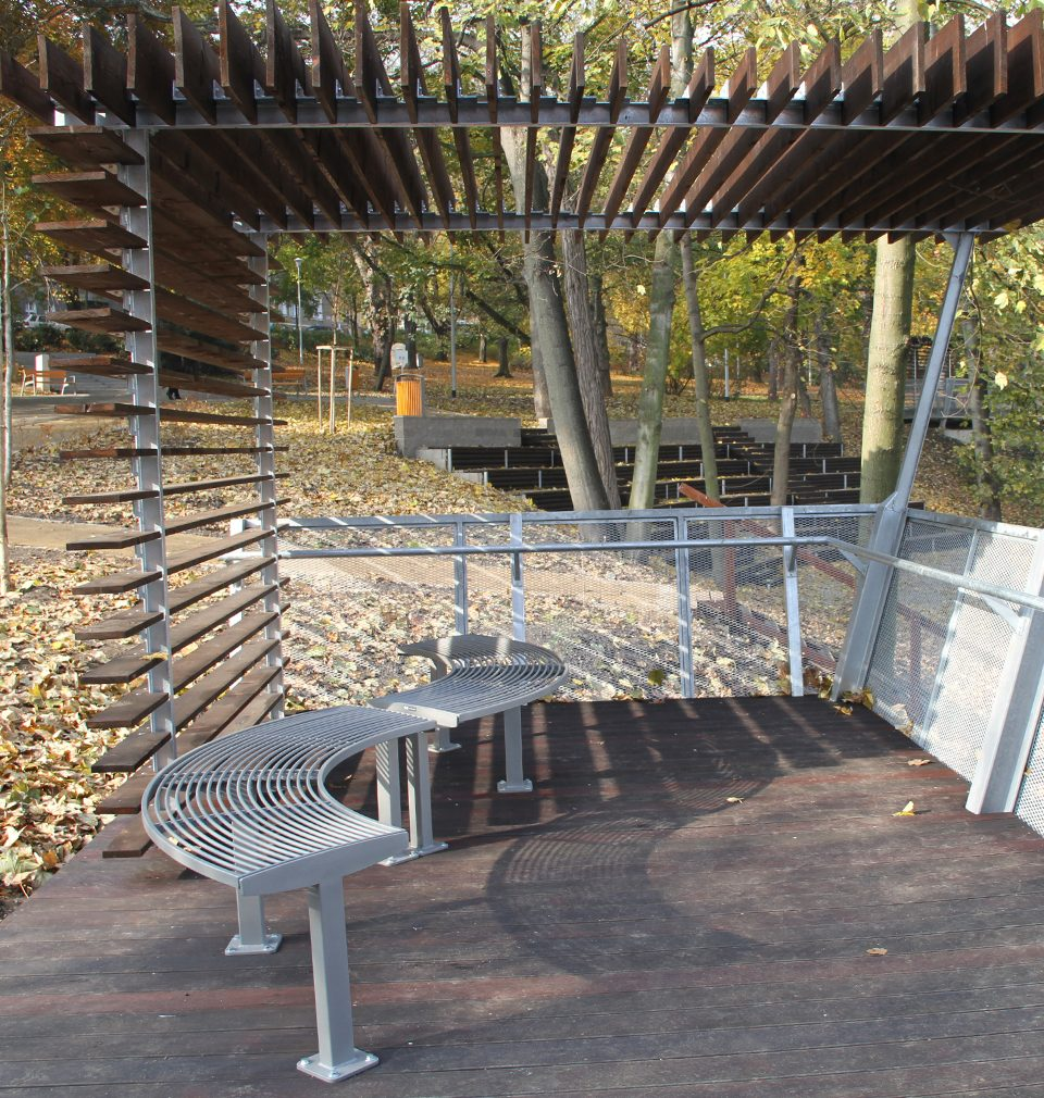 The following has been published on Earch.cz: Revitalization of Urban Orchards in Ústí nad Labem designed by MS architekti opened the park for wider use