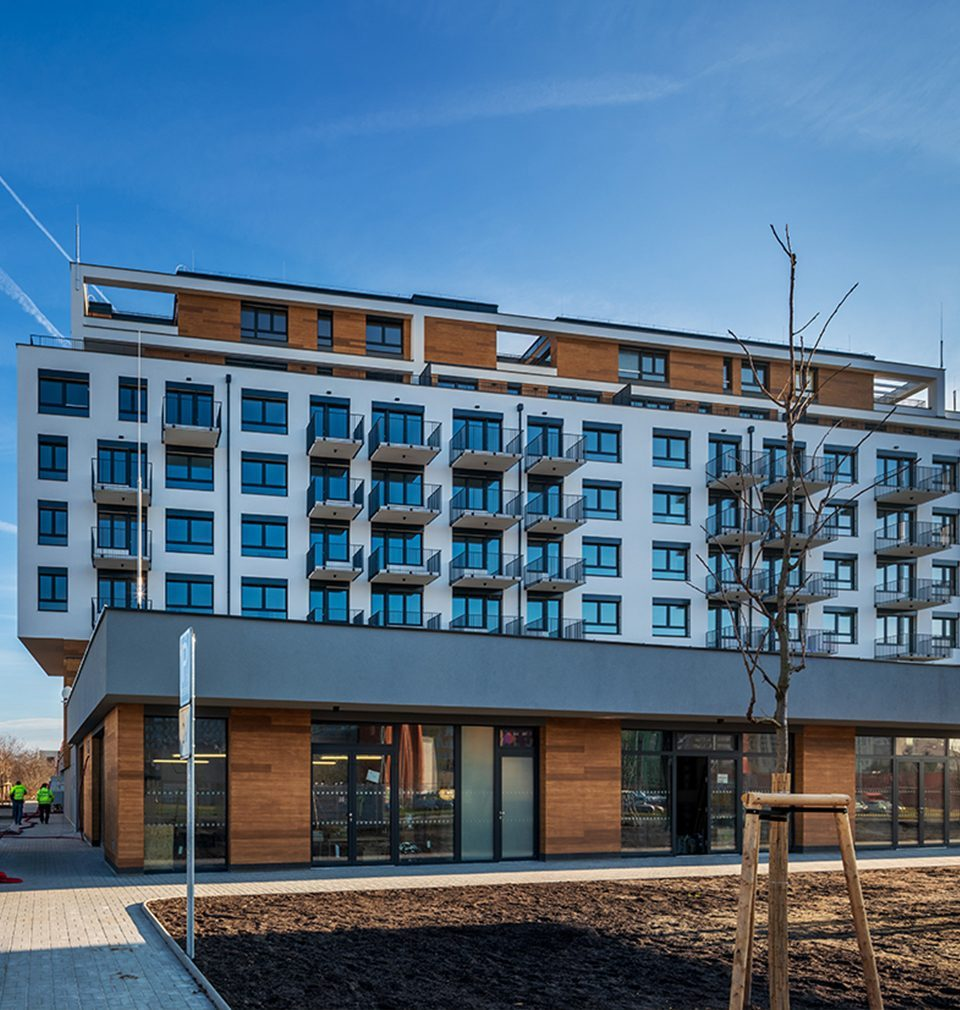 The following has been published on Earch.cz: The apartment building was designed by MS architekti with an ambition to create the place for living of higher standard and yet achievable