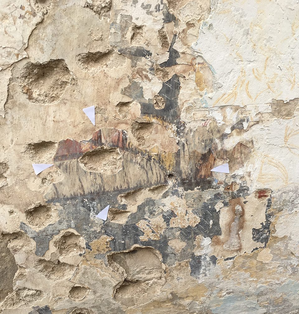Valuable Middle Age wall paintings were discovered in course of the complete reconstruction and adaptation designed by our studio of nine historical buildings on the Staroměstské (Old Town) square in Prague