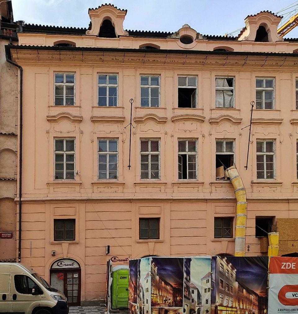Nahlédněte s námi za oponu jedné z nejzajímavějších historických přestaveb v Praze