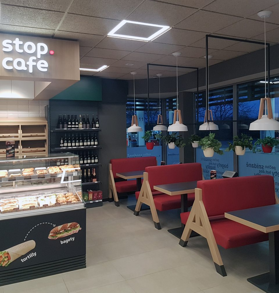 Our team of designers, led by Jan David, is modernizing Benzina filling stations throughout the Czech Republic