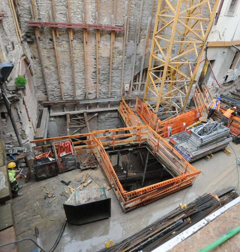 V rukou týmu našich architektů ožívá dlouho uzavřený Sixtův palác na Staroměstském náměstí