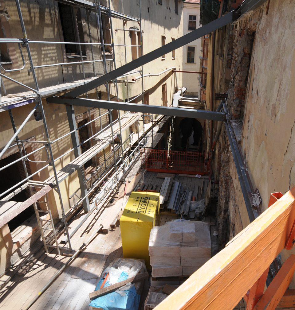 Sixtův palác na Staroměstském náměstí ožívá v rukou našeho atelieru